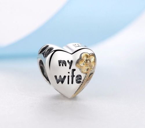 My Wife love Heart Gold Daisy Charm