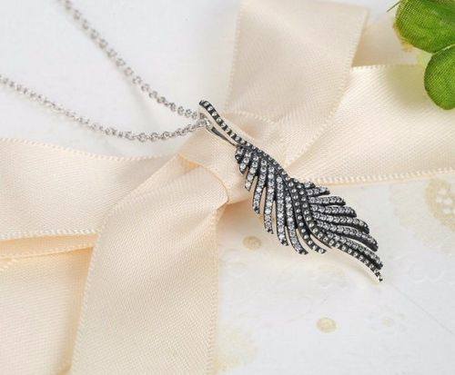 Dazzling Majestic Feathers Necklace With Chain pandora style