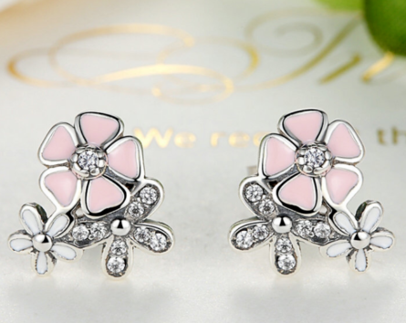 pandora style poetic blooms daisy stud earrings
