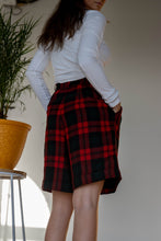 Load image into Gallery viewer, Talbots Vintage Plaid Shorts