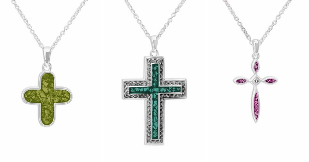 Cross cremation pendants to commemorate a loved one