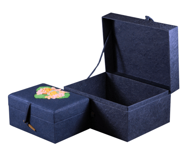 Chest Biodegradable Urns