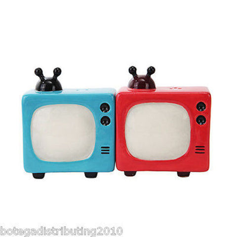 Retro Televisions Old Box TV Ceramic Magnetic Salt and Pepper Shaker Set