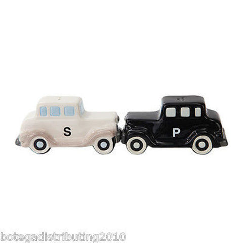 Antique Car Black White Ceramic Magnetic Salt and Pepper Shaker Set Carro Salero