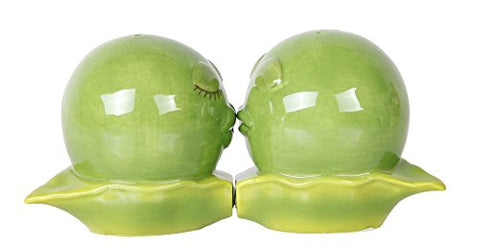 Kissing Peas In A Pod Magnetic Salt and Pepper Shakers Gift Box Set Ceramic