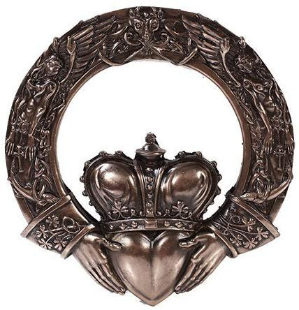 Celtic Claddagh Ring Wall Plaque Home Decor Figurine Statue