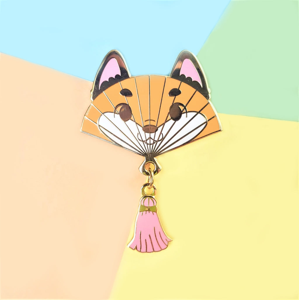 CLEARANCE Fox Hand Fan Pin