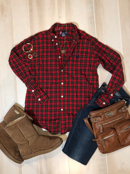 CHAPS Plaid Button-up Top