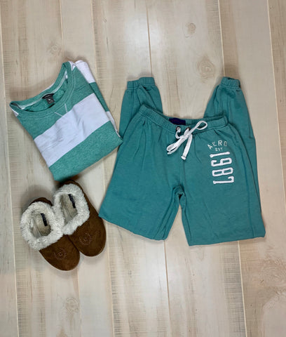 Aeropostale Green Jogger Sweatpants