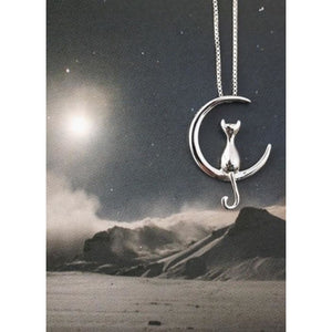 925 Sterling Moon Sitting kitten Necklace Necklace