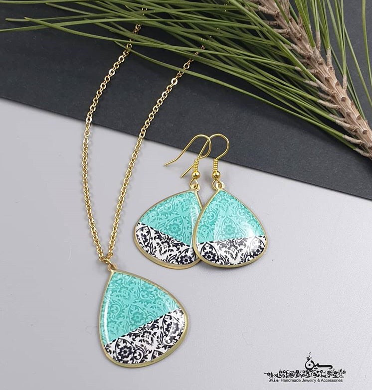 chic turquoise and black persian turkish pattern dangle chic trendy earrings and necklace pendant earrings formal casual jewlery ethic