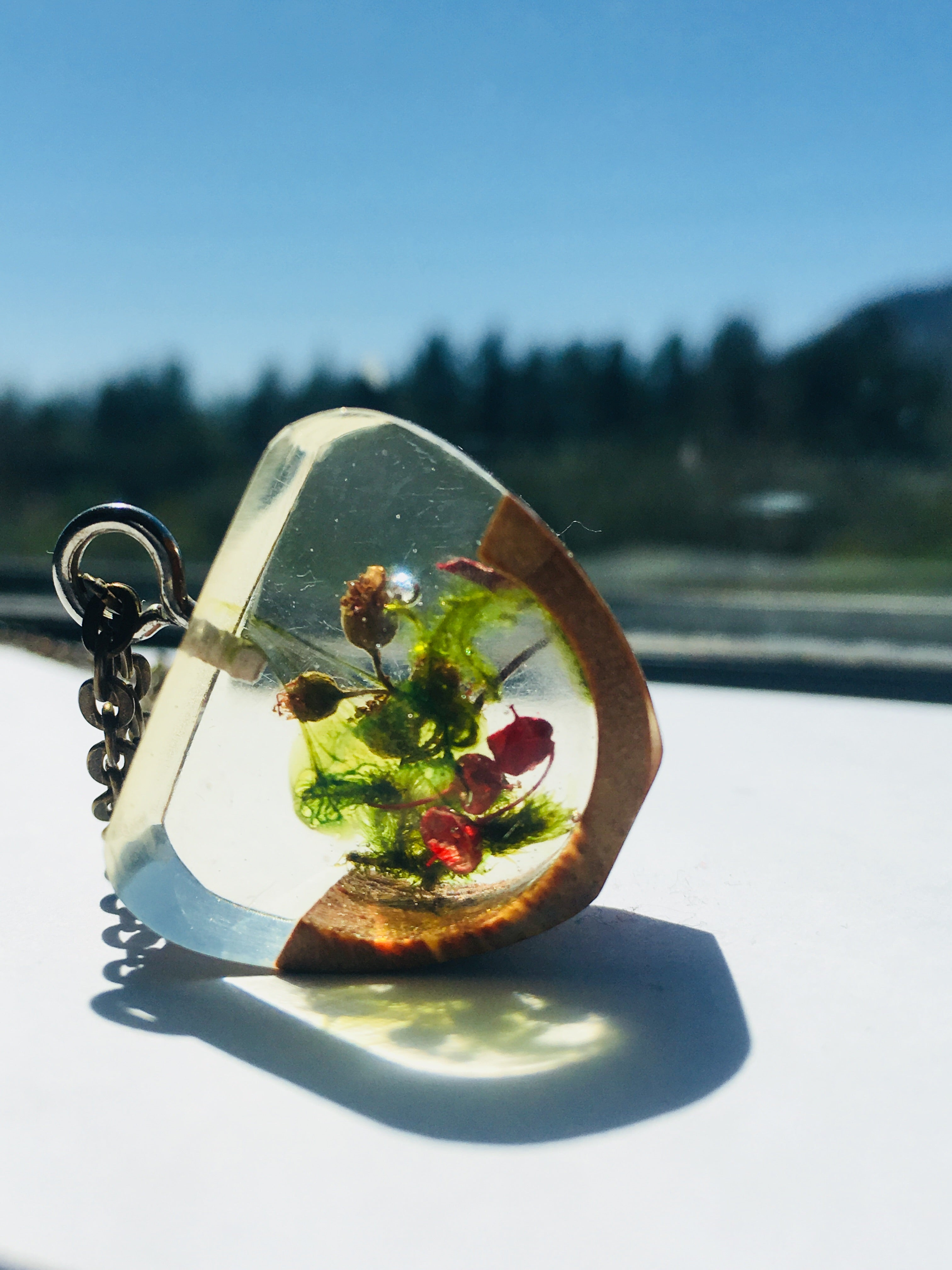 resin and wood handmade with natural flowers pendant necklace