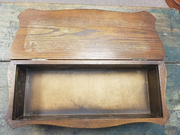 1930's-1940's WOODEN BOX BY ROBERT B. BERGELIN FURNITURE CO.