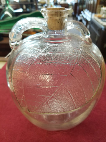1930's GLASS WHITE HOUSE APPLE JUICE BOTTLE