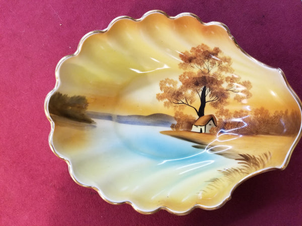 "1920's-1940's SCALLOPED FOOTED BOWL ""TREE IN THE MEADOW"" BY NORITAKE MADE IN JAPAN"