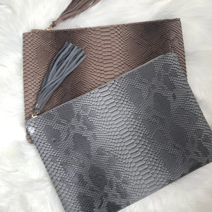 Oversized Reptile Clutch - Gray