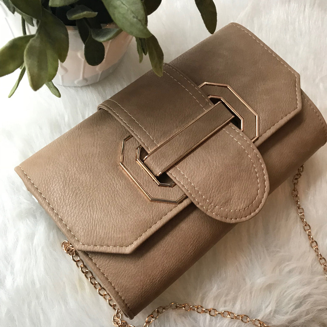 Didi - Buckle Front Clutch (Tan)