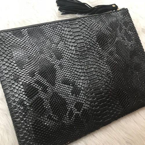 Oversized Reptile Clutch - Black