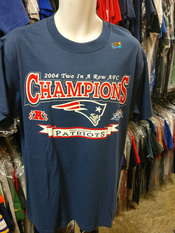 Vtg'04NEW ENGLAND PATRIOTS 2 In a Row AFC Champs T-Shirt M (Deadstock)