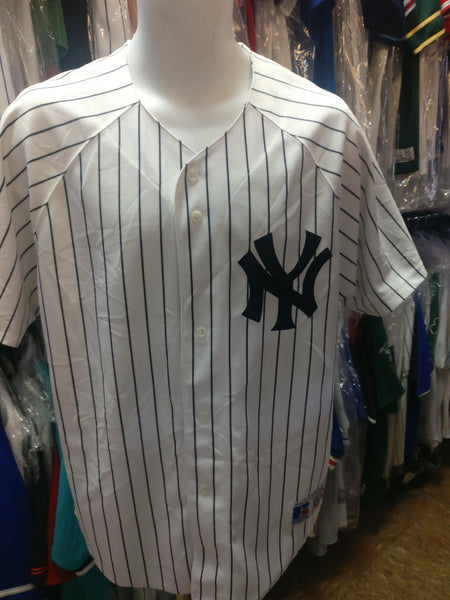 Vintage NEW YORK YANKEES MLB Russell Athletic Jersey M