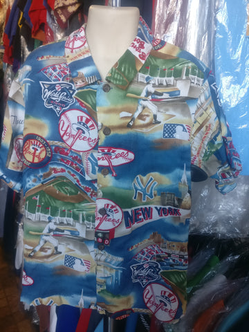 Vintage NEW YORK YANKEES MLB Reyn Spooner Rayon Hawaiian Shirt YS