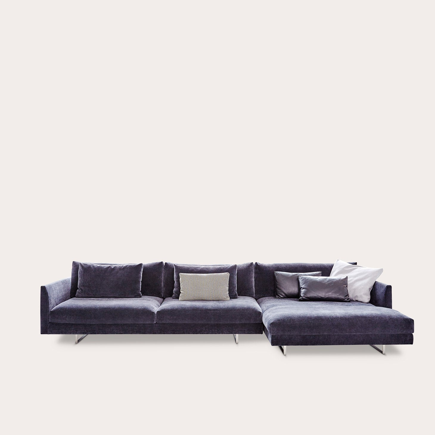 Axel XL Seating Gijs Papavoine Designer Furniture Sku: 134-240-10058