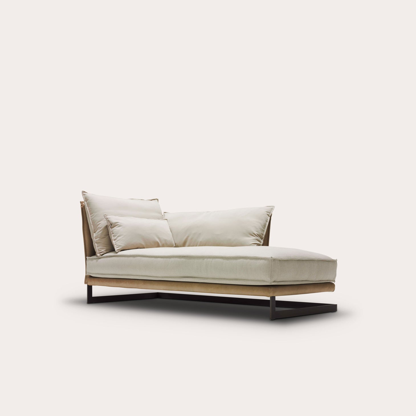 Mulberry Street Chaise Longue Seating Marcel Wolterinck Designer Furniture Sku: 247-240-10360