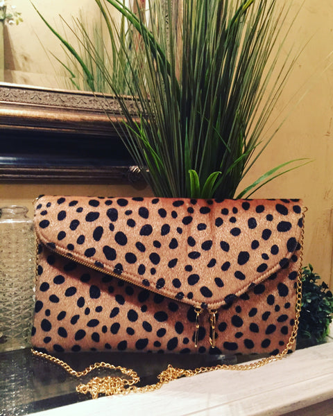Cheetah Clutch w/ Chain Strap