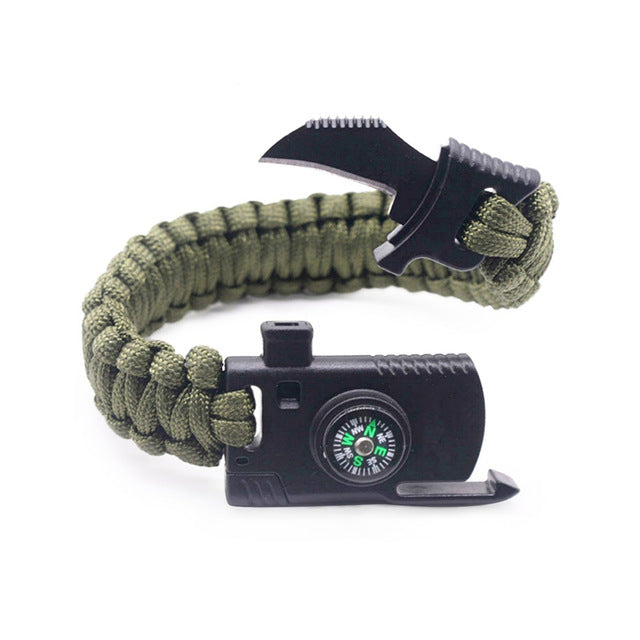 Paracord Survival Bracelet - Moment at Hand
