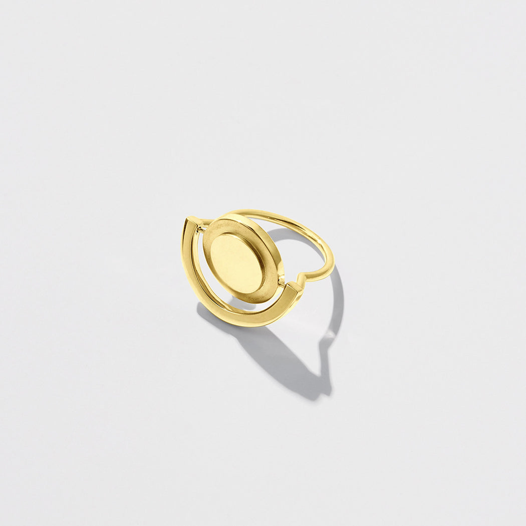 Unruly Time ring - Gold