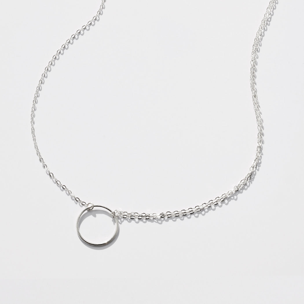 Moon Chaser necklace - Silver