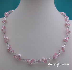 Swarovski crystal handmade necklace (light pink)