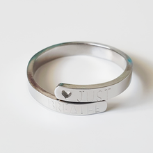Load image into Gallery viewer, Handstamped Wrap Ring