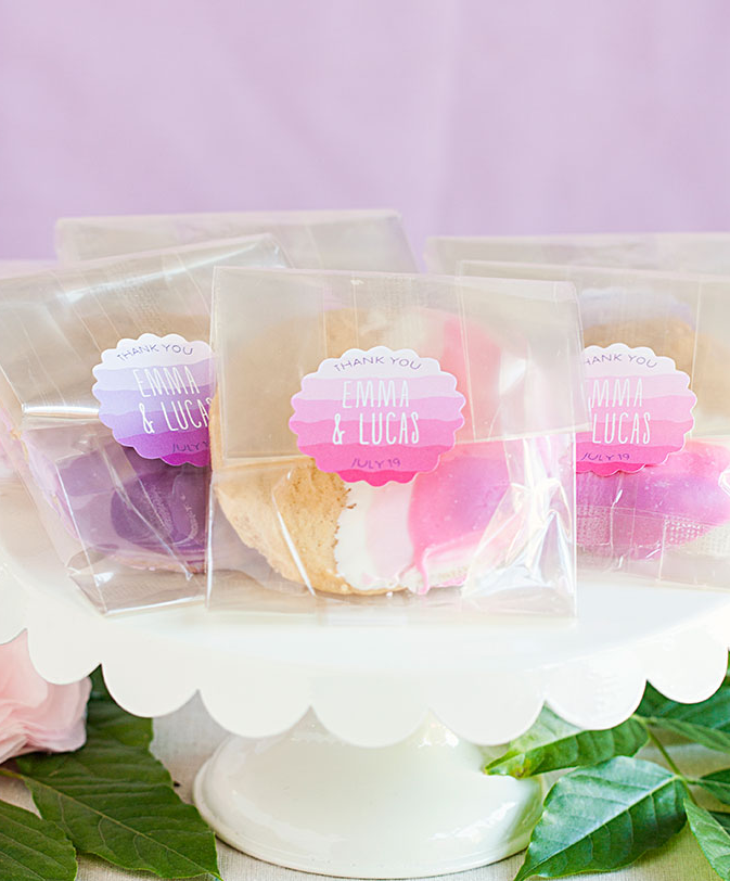 Ruffled Ombre Cookie Wedding Favors via The Wedding Haus