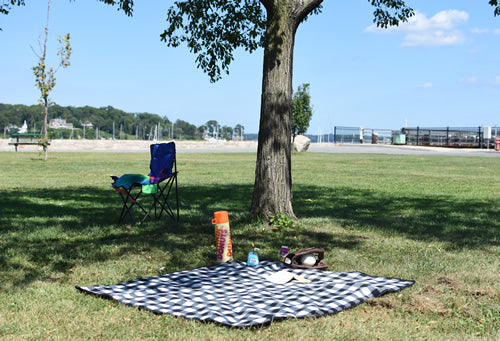 Active Family Products Premium Large Waterproof, Windproof, Fleece Stadium Blanket, Machine Washable, Camping, Picnic & Outdoor, Beach