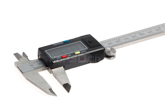 Digital Calipers w/Plastic Hard Case