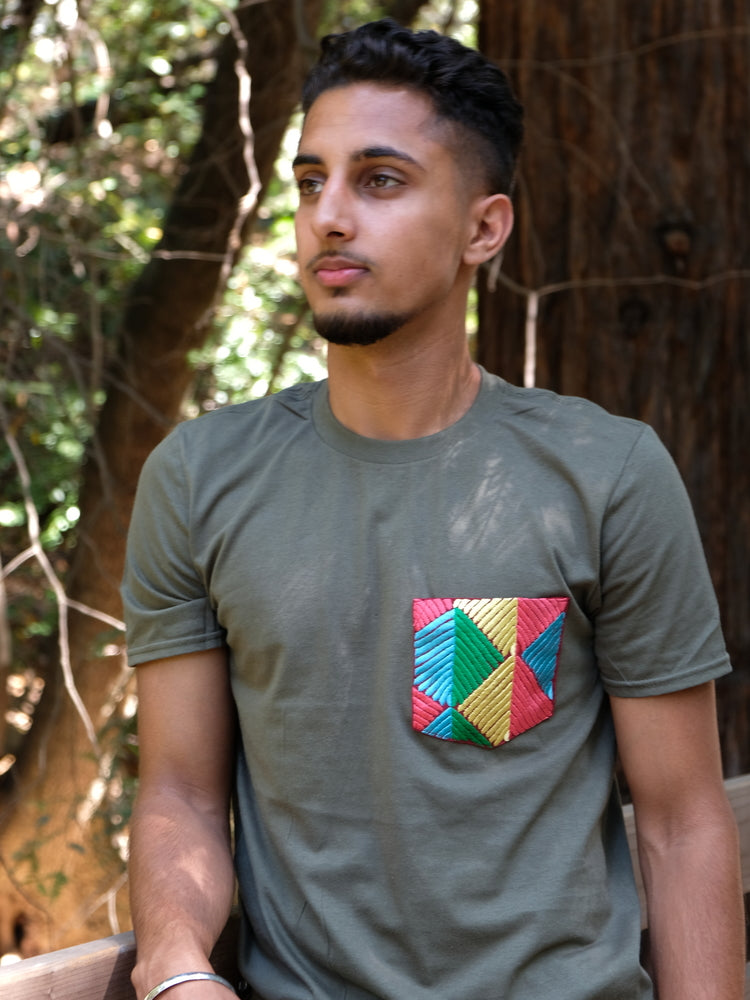 Men's - Forest Green Iris Pocket Tee