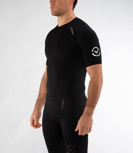 Au55 | BioCeramic™ Ranked Short Sleeve Rashguard | Black/Black