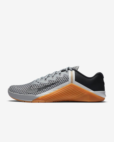 Nike Metcon 6 Men's Training Shoe - Light Solar Flare Heather/Summit White/Gum Medium Brown/Dark Smoke Grey