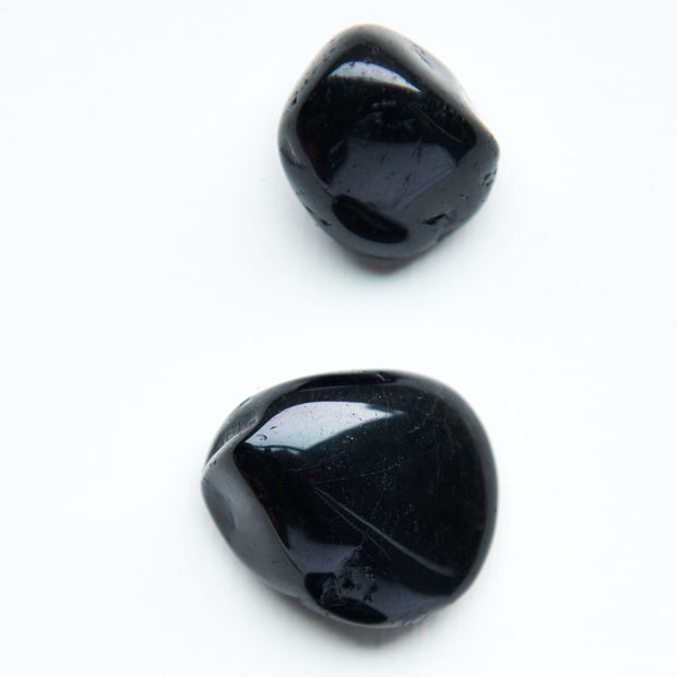 Black Tourmaline Stone - Liv Rocks + Cute Face Masks