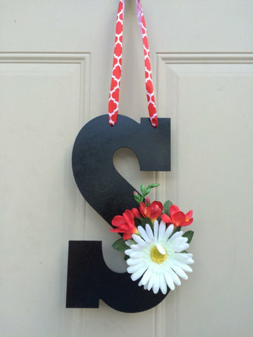 Monogram Door Hanger - Front Door Sign
