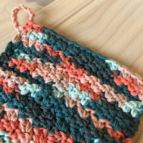 Coral Seas Loop Dishcloth Closeup