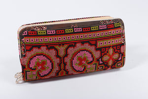 Hand Clutch - Pink, Red, and Green Embroidery - Bayt Alya
