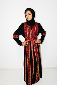 Front - Black kaftan with red & yellow embroidery - Bayt Alya