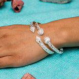 Flat West Indian Bangle with Calypso Pattern and Large Clam Heads Handmade in 925 Sterling Silver