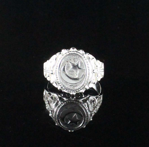 Large Men Moon and Star in Oval ring with Embellishments on Side made in 925 Sterling Silver