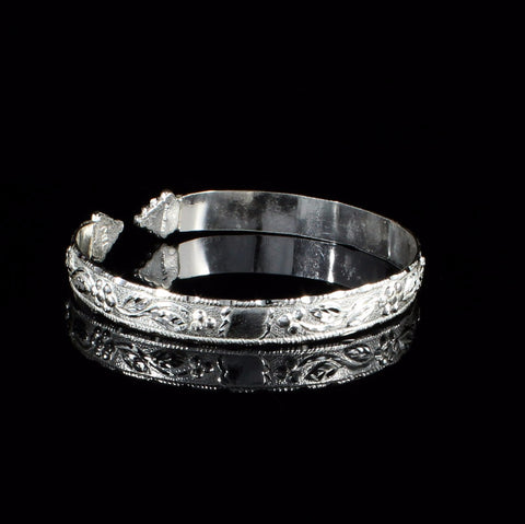 Flat West Indian Bangle Frosted Narrow Grape Vine Pattern in 925 Sterling Silver