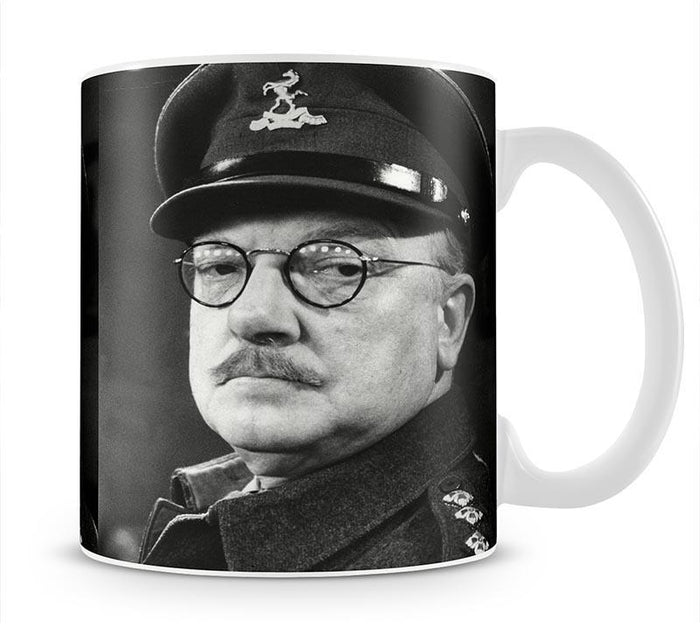 Actor Arthur Lowe as Captain Mainwaring Mug