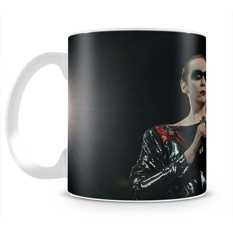 Annie Lennox in concert Cup - Canvas Art Rocks - 2