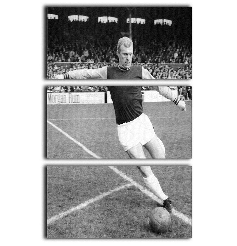 Bobby Moore West Ham Footballer 3 Split Panel Canvas Print - Canvas Art Rocks - 1